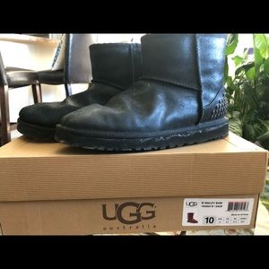 UGG Boots Black with Studs on Heel Size 10/11